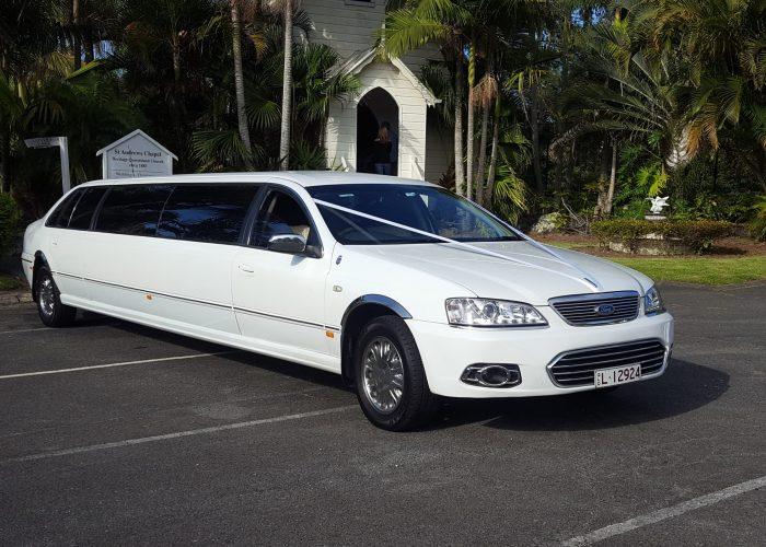 Super Stretch Wedding Limousine
